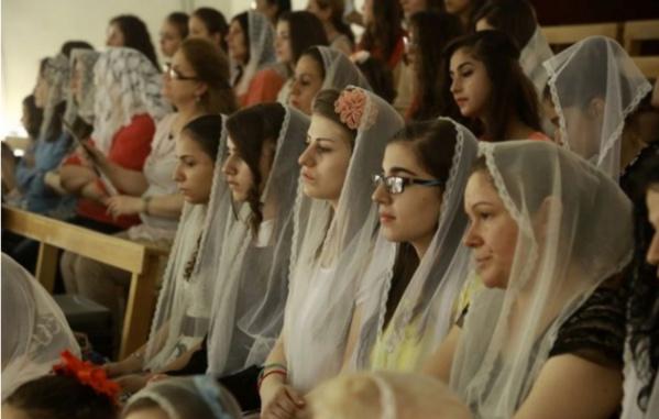 """""""Daech a violé des milliers de femmes chrétiennes"""""""