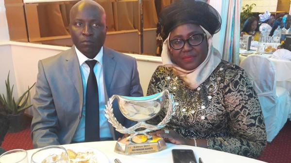 """Calebasse de l'excellence: Adji Mergane Kanouté décroche,  le prix de la """" Femme Modèle Politique"""""""