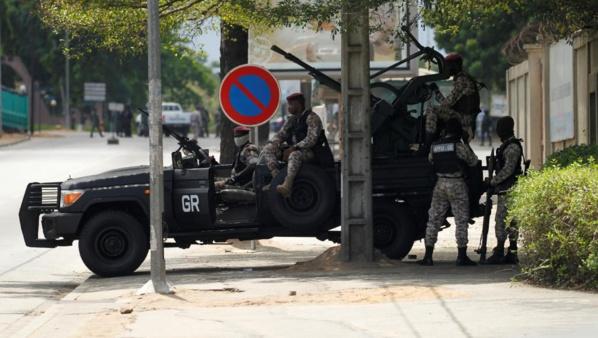 Mutinerie en Côte d'Ivoire: tirs nourris à Abidjan et Bouaké, déjà un mort