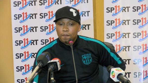 """""""Sport11"""":  Le journal d'El Hadji Diouf ne sort plus pour des raisons financières"""