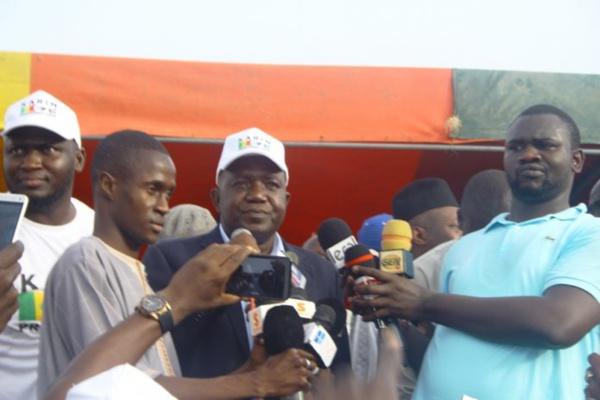 """Oumar Sarr: """"Le ministre de l'intérieur Abdoulaye Daouda Diallo, est un voleur"""""""