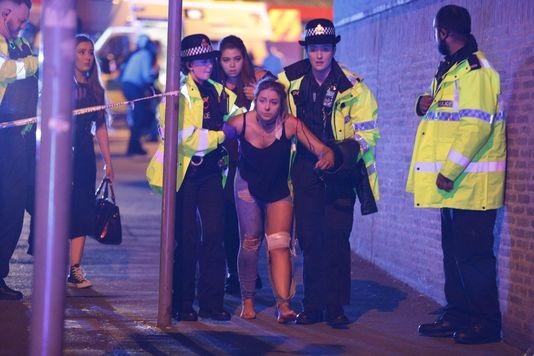 Attentat à Manchester: Daesh revendique l'attaque...Un homme de 23 ans arrêté...