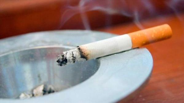 A partir de samedi, celui qui fume dans les endroits publics risque de passer la Tabaski en prison