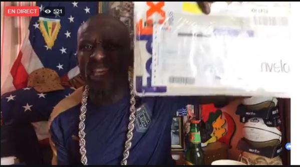 Non, Assane Diouf n'a pas reçu les 100.000 FCFA du gouvernement
