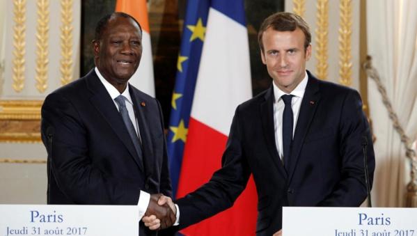Emmanuel Macron et Alassane Ouattara plaident la cause du franc CFA