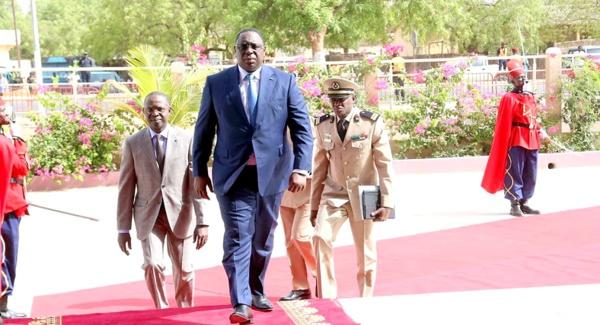Non reconduction automatique du PM: Macky  trouble son camp