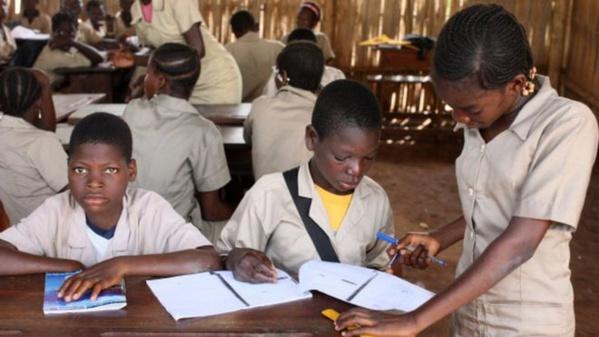 Bénin : des directeurs d'écoles révoqués pour mauvais résultats