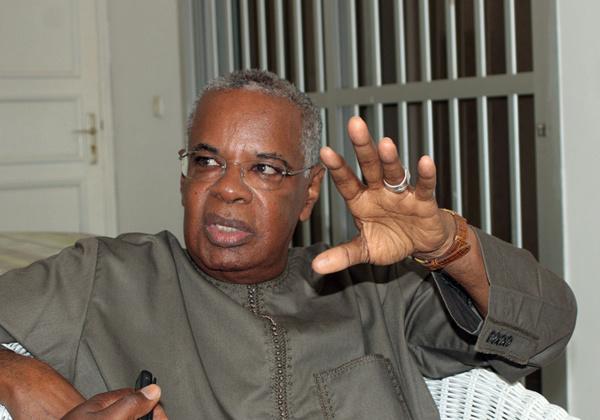 Relisez la dernière sortie du parti de DJIBO KA dénonçant les investitures: « Macky nous a insulté»