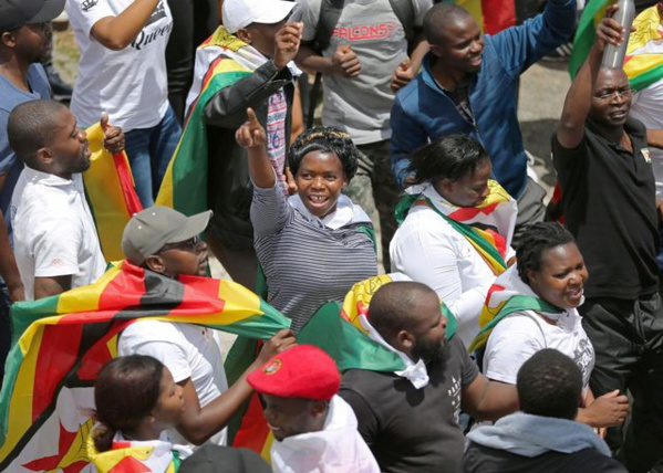 Robert Mugabe démissionne, scènes de liesse au Zimbabwe