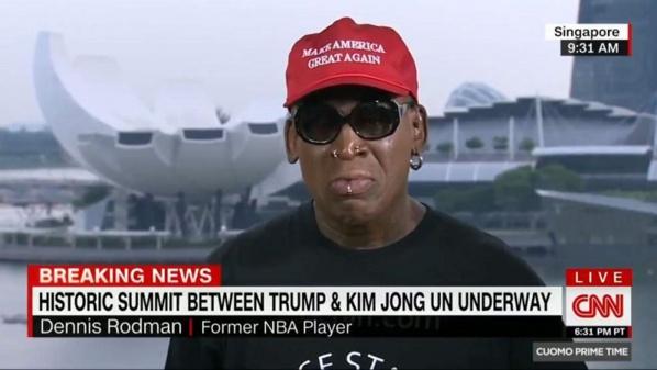 Dennis Rodman, ami de Kim Jong-un, pleure après la poignée de main avec Donald Trump