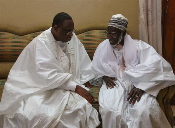 Série de bourdes à Touba: Macky Sall est-il conseillé ?