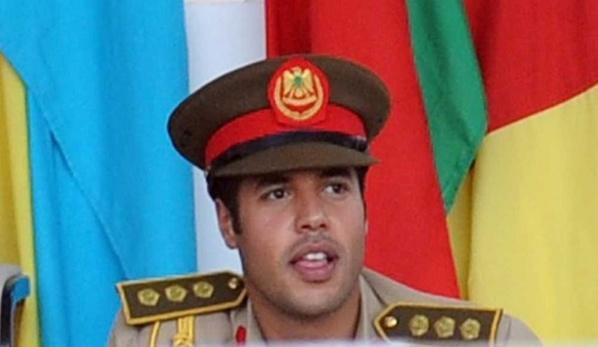 Découvrez le brillant parcours de Khamis Kadhafi, le 7ᵉ et dernier fils de Mouammar Kadhafi