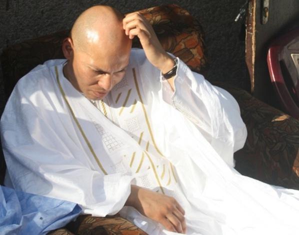"""Rapport de l'IGE:  Karim Wade accusé d'avoir soutiré """"frauduleusement"""" 3 milliards de Dollars"""