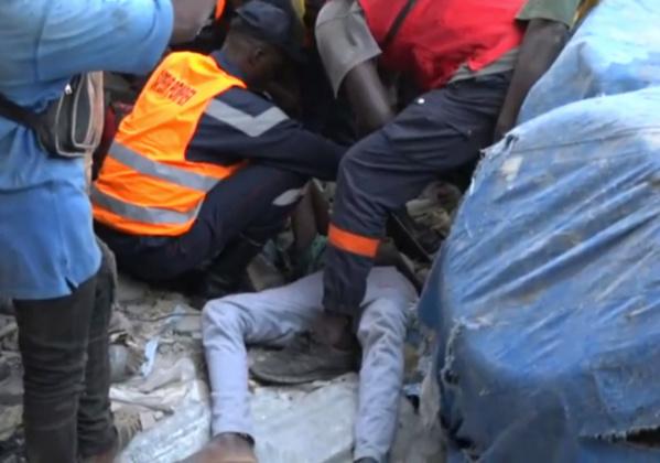 Dérive policière: Un maçon asphyxié par du gaz lacrymogène et tombe du 5e étage