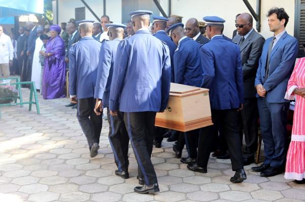 Collette Senghor inhumée au cimetière catholique de Bel-Air (Photos)