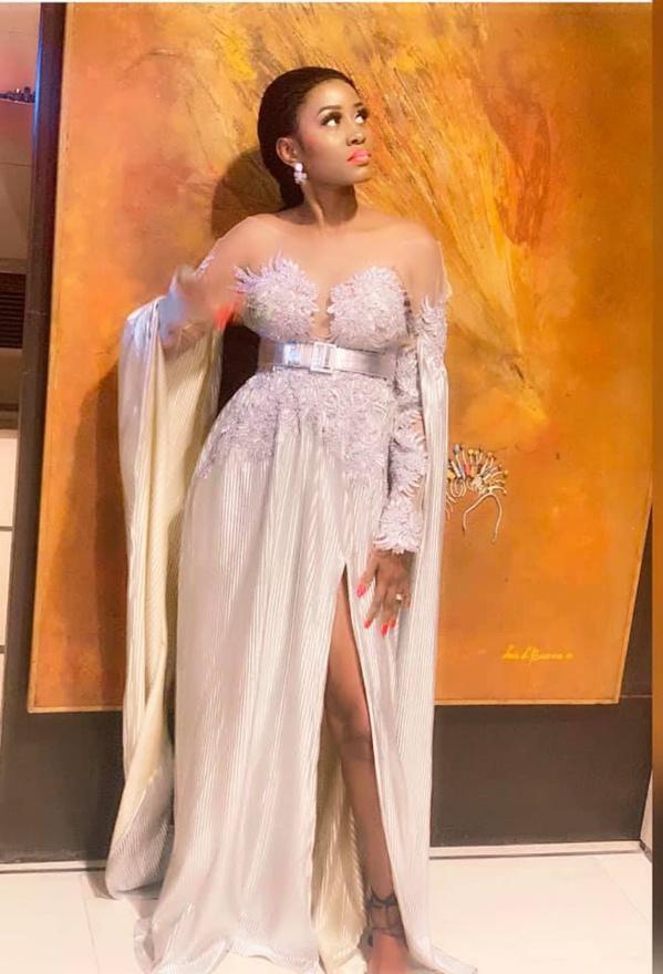 Queen Biz: