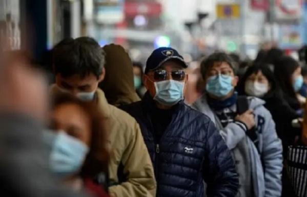 """Coronavirus : Qui sont les """" super-propagateurs"""", qui contaminent un grand nombre de personnes ?"""