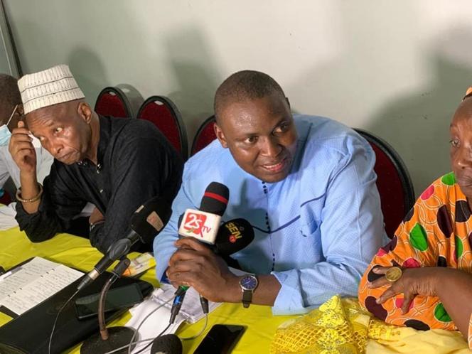 Toussaint Manga sur le 3e mandat: «Le conseil que je peux donner à Macky Sall c'est de ne même pas tenter... »