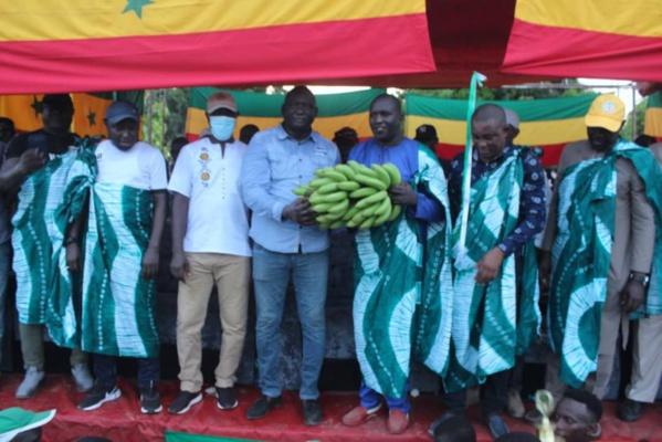 """Parrain du tournoi de la zone de """"Boudié"""", le président Seydou Sané encourage la jeunesse de Sedhiou"""