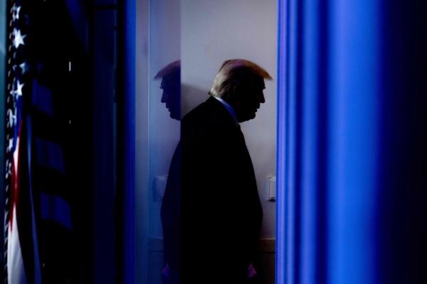 TRANSITION: Trump cède et donne son feu vert