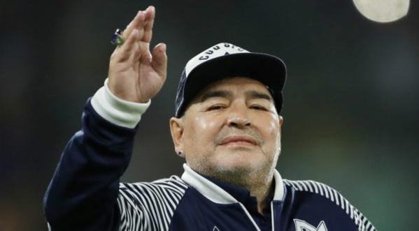 Diego Maradona : Un fils présumé demande à ce que son corps soit exhumé