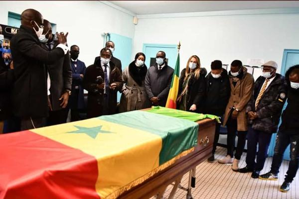 Dernier tour de terrain pour Pape Bouba Diop en France