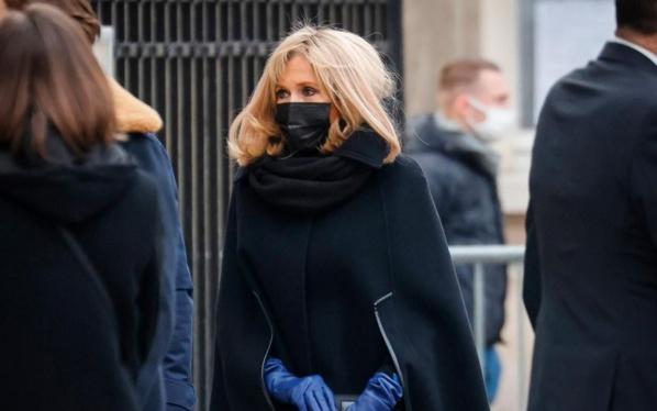 Brigitte Macron a été testée positive au Covid-19 pendant les fêtes