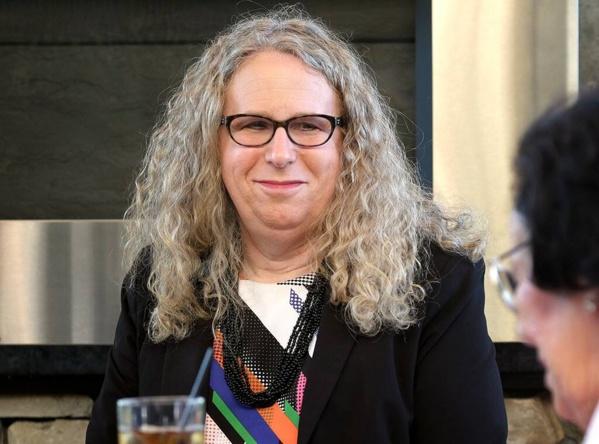 États-Unis : une femme transgenre nommée ministre adjointe de la Santé