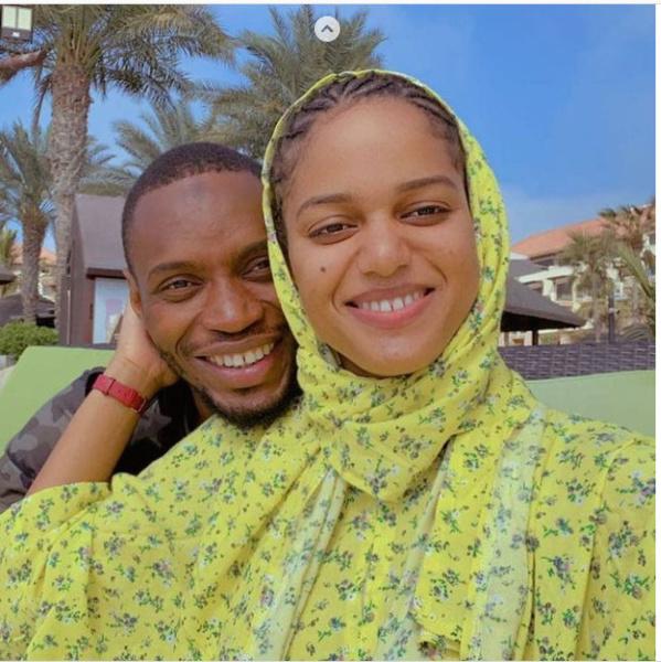 Le joueur Diafra Sakho et sa femme se la coulent douce à Dubaï