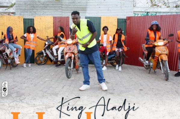 L'artiste King Aladji rend hommage aux Jakarmans