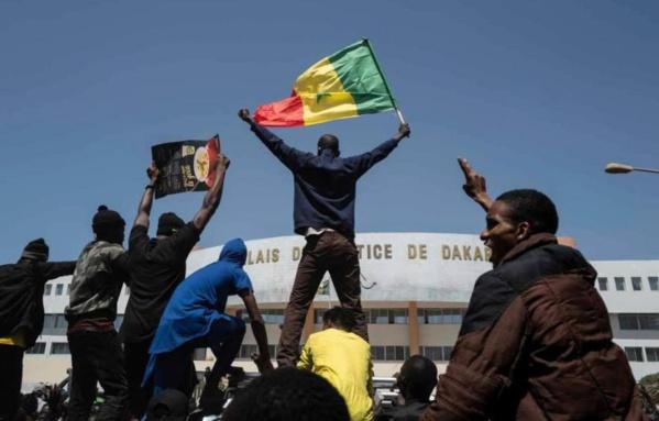 Libérations des détenus politiques : Le M2D appelle à nouvelle manifestation ce samedi à la place de la nation