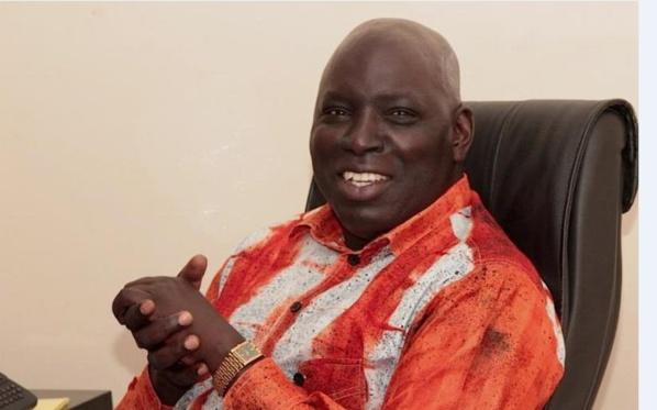 Pourquoi Madiambal cherche à plaire à Macky Sall à tout prix ?