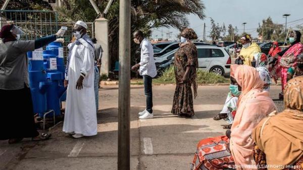 COVID-19 : Le variant britannique retrouvé chez 14 patients à Dakar