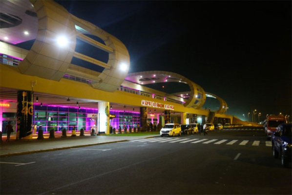 """L'AIBD passe au niveau 2 de l'Accréditation du """"Airport Customer Experience Accredition"""""""