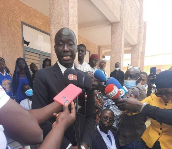 Délocalisation du lycée Talibou Dabo : Les mises en garde de Dame Mbodji
