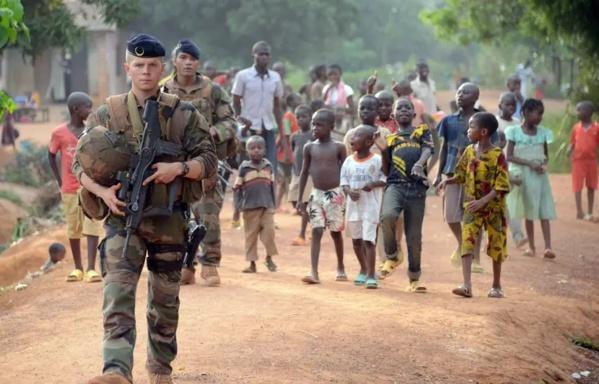 La France suspend sa coopération militaire avec la Centrafrique
