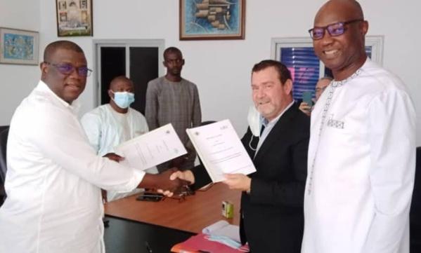 """Construction d'un Samu municipal à Ziguinchor : Baldé signe une convention de partenariat avec """"Euro Clinical Science Suarl"""""""