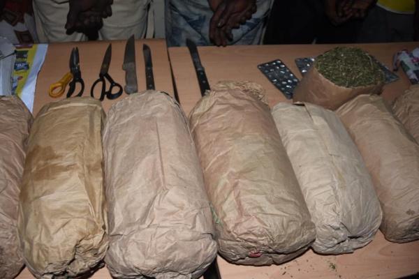 Nouvelle vaste opération de sécurisation de Dakar : Une bande armée neutralisée, 12KG de Yambas saisis, 150 personnes arrêtées
