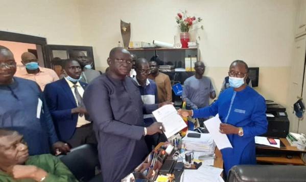 Des acteurs du football déposent la candidature de Me Augustin Senghor à la présidence de la FSF