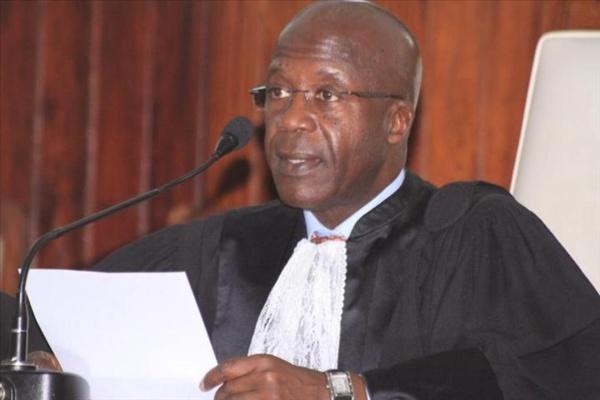 Pour qui se prend le Président de notre Conseil constitutionnel ?
