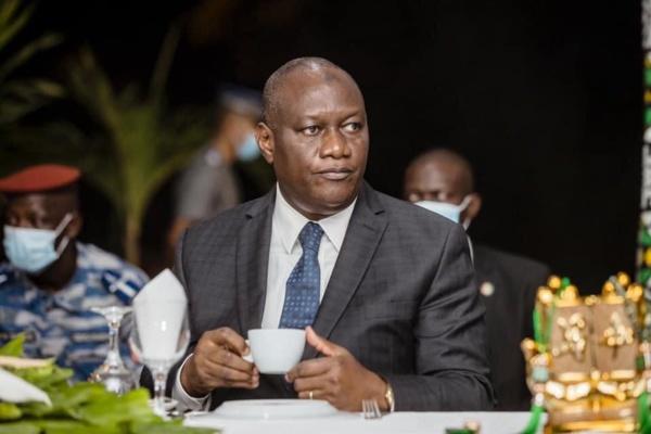 Cote Ivoire : Après Ouattara, son frère, ministre de la Défense, en confinement