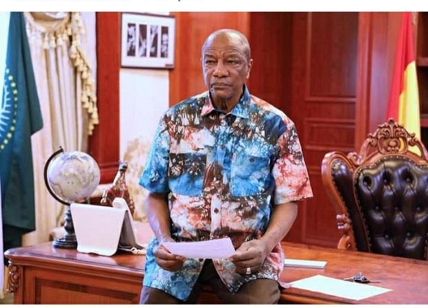 """La Guinée fuit """"Delta"""" et tombe sur le virus de """"Marburg"""""""