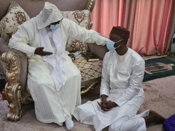 Ousmane Sonko rencontre le nouveau Khalif des Layènes
