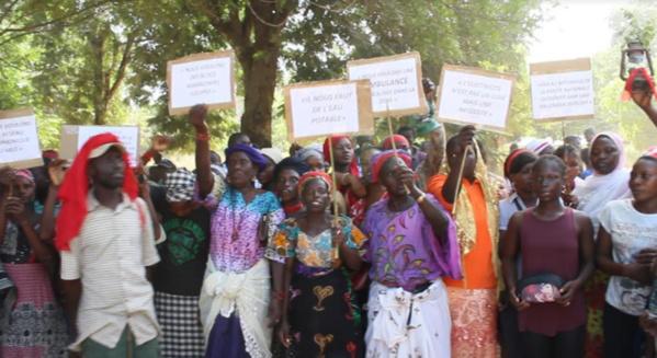OUSSOUYE : les populations de Santhiaba-Ouolof exigent l'electrification de leur localité et la construction de la route