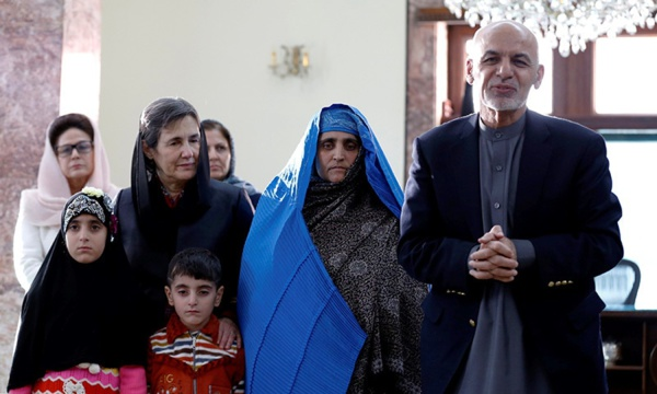 Afghanistan: l'ex-président Ashraf Ghani et sa famille accueillis aux Émirats arabes unis