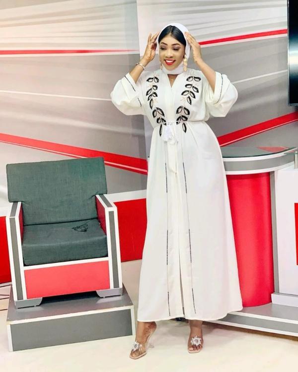 Mariam Diallo de la Sen TV s'affiche en mode voilée !
