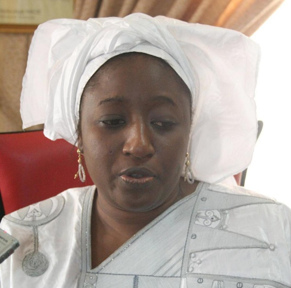 """Pour avoir rejoint """"Yewwi Askan Wi"""", Aminata Lo menacée de destitution par le comité Exécutif National de son parti"""