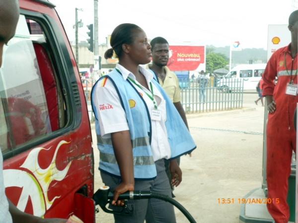Guinée :Le prix du litre de carburant revu à la baisse (officiel)