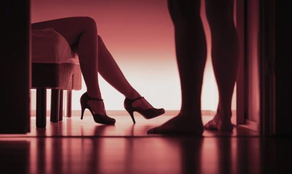 Escroquerie : Un aveugle vole 7 millions et part à l'hôtel avec des prostituées
