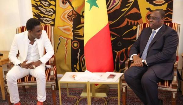 BERCY : Le président Macky Sall offre 50.000 millions F CFA à Waly Seck